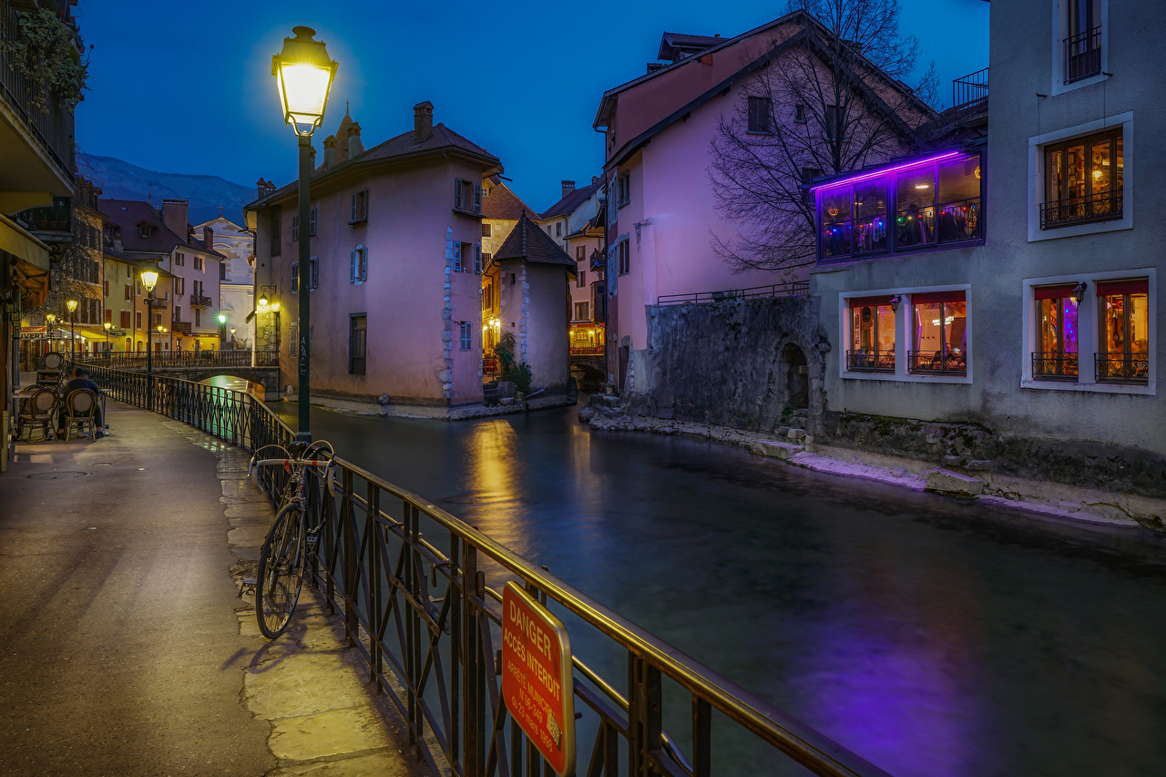Pictures France Annecy Canal Evening Waterfront Street lights Houses Cities Building