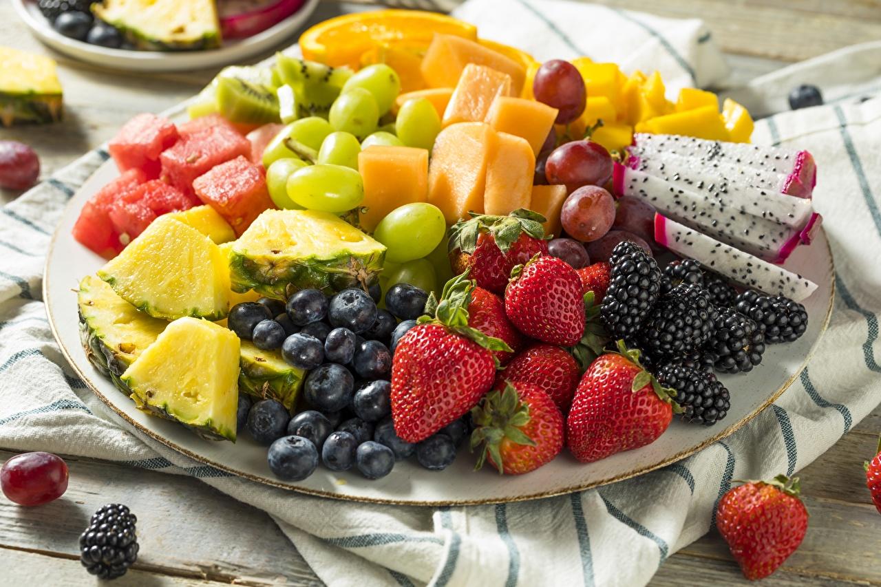 Image Strawberry Blackberry Blueberries Food Berry Fruit