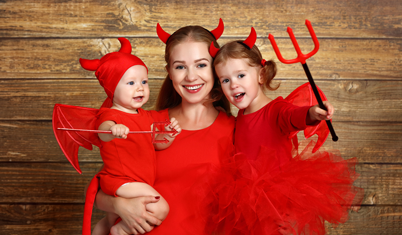 Pictures Little girls Baby Family Trident Smile Horns Mother child Halloween Uniform boards Infants newborn Children Wood planks