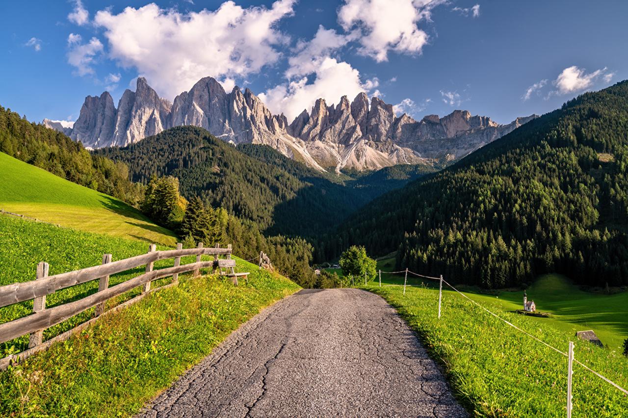 Itália Montanhas Estradas Dolomites, South Tyrol Alpes montanha Naturaleza
