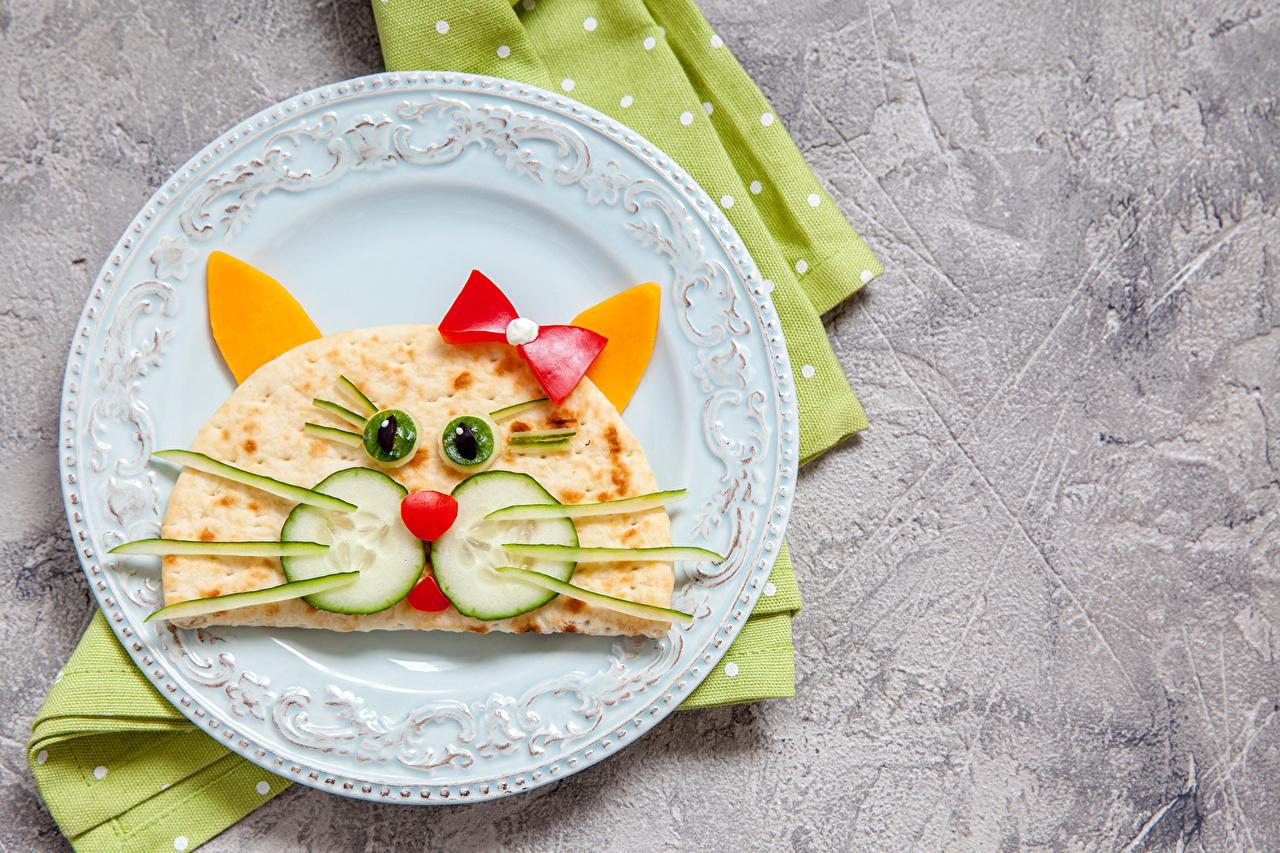 Wallpaper Cat Pancake Food Plate Bowknot Vegetables Design
