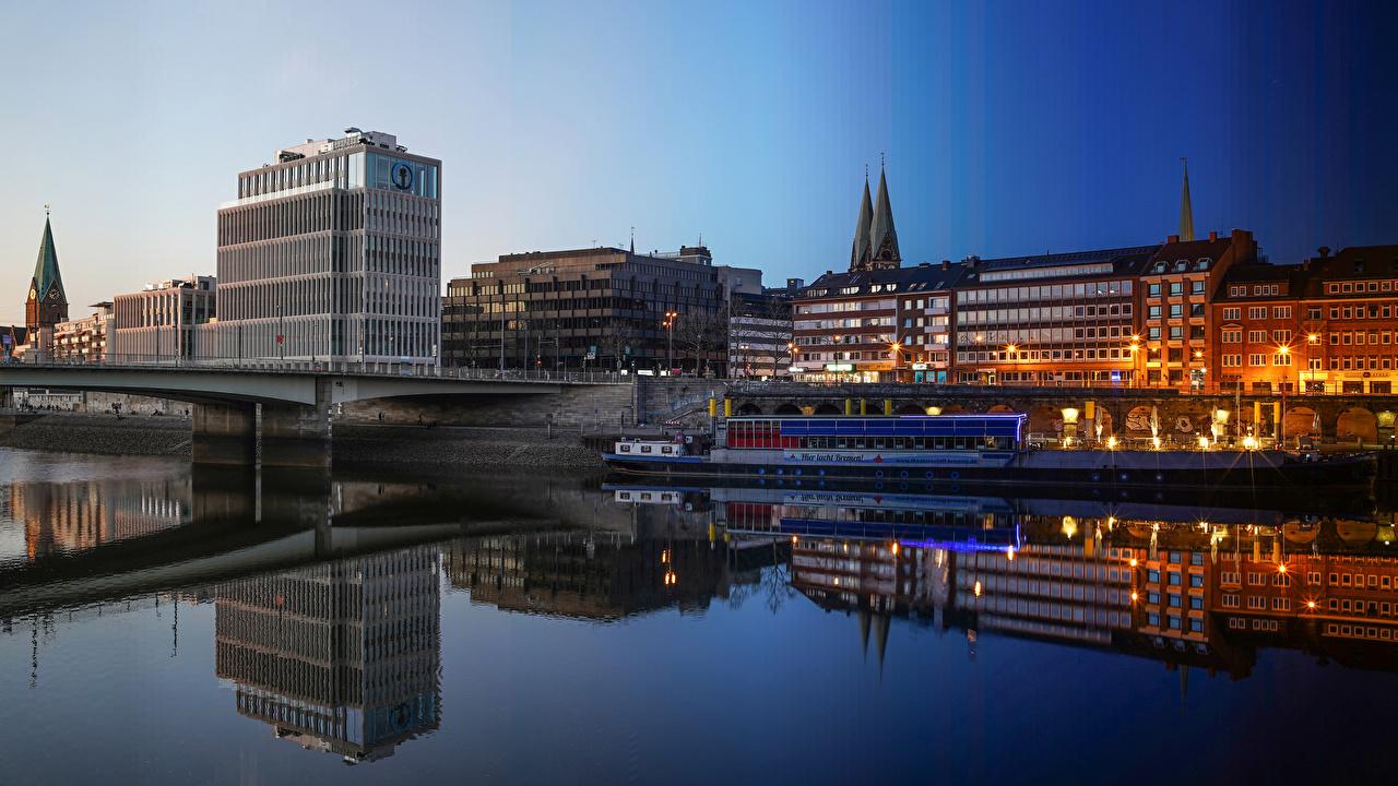 Bilder Deutschland Bremen Brücke Binnenschiff Abend Flusse Städte Gebäude Brücken Fluss Haus