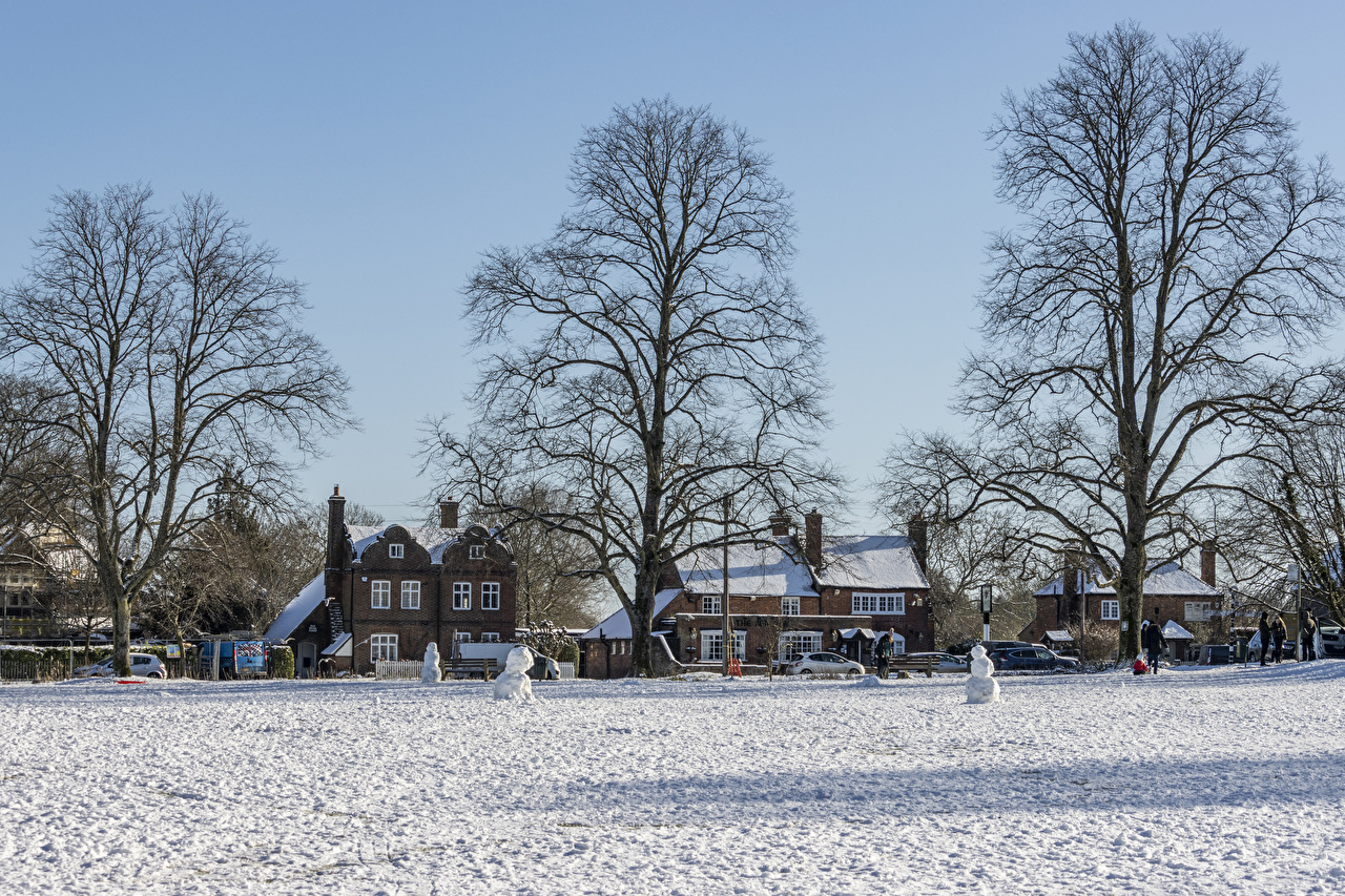 Pictures England Village Chiltern hills Winter Snow Street Houses Cities Building
