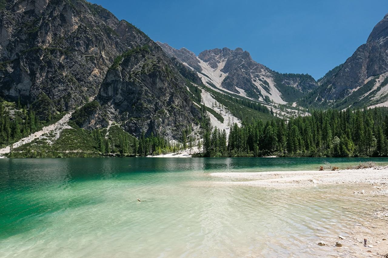 Montanhas Lago Itália Florestas Lake Braies, dolomite Alps, South Tyrol Rocha Alpes montanha, floresta, penhasco Naturaleza