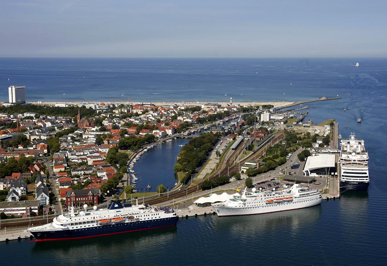 Skrivebordsbakgrunn Tyskland Rostock kystlinje småbåthavnen Hus Byer Kyst Båthavn byen en by bygning bygninger