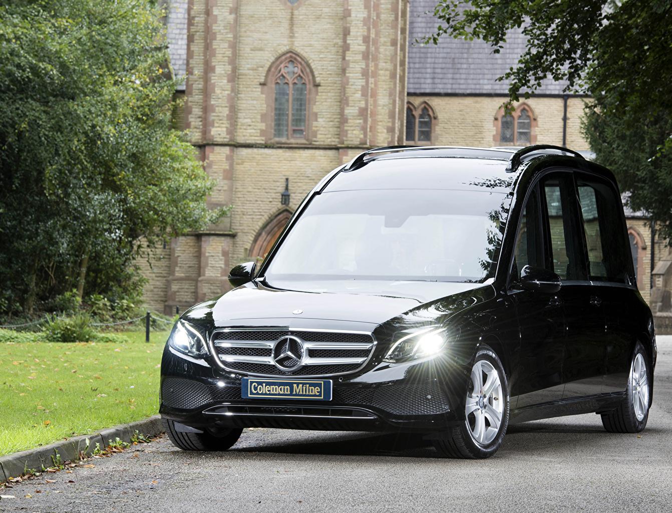 Mercedes-Benz_2017-19_Coleman_Milne_Mercedes-Benz_559275_1342x1024.jpg