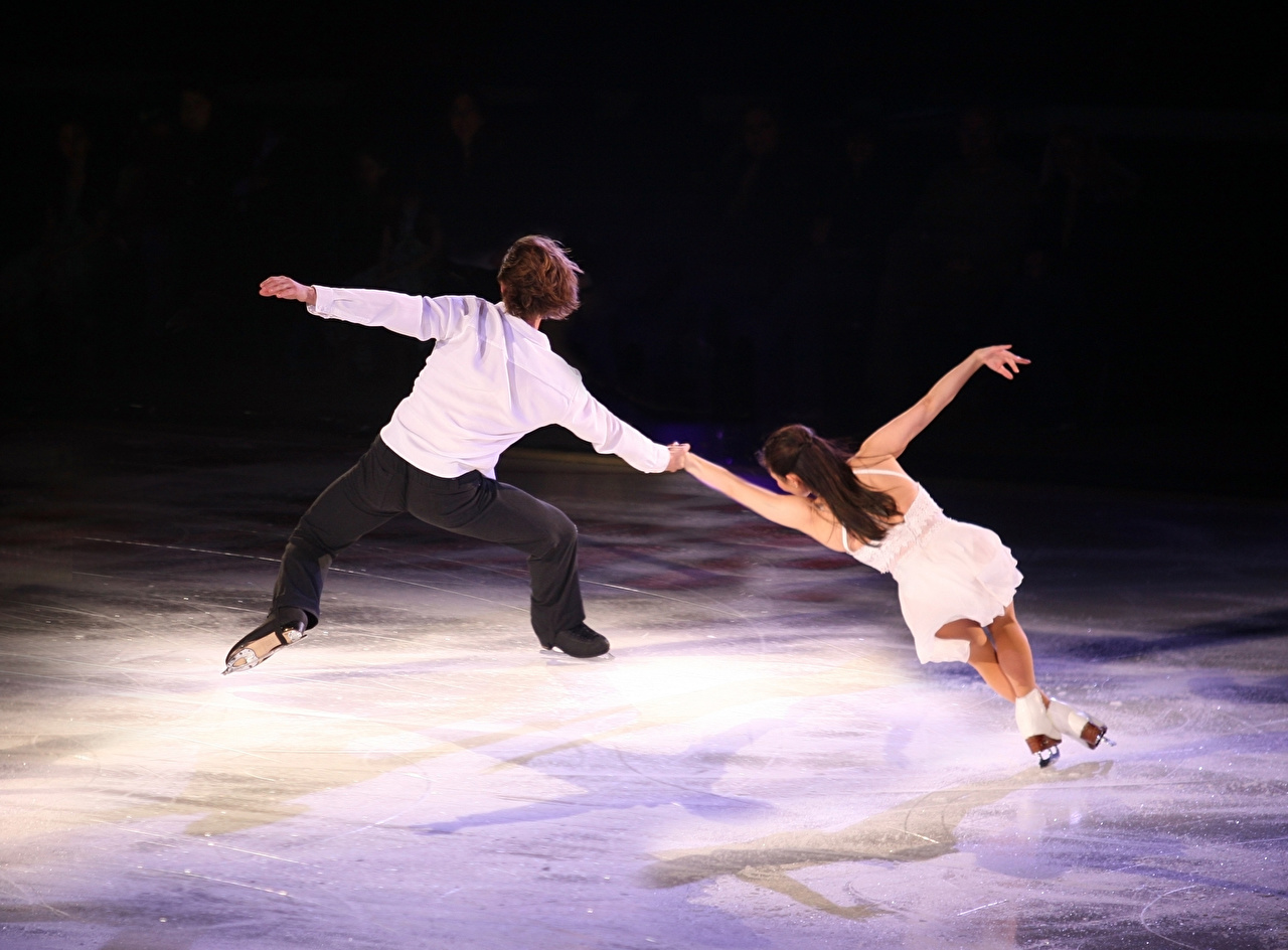 Photo Man Dance Ice rink Ice Human back 2 Girls Sport Men Dancing Two sports athletic young woman