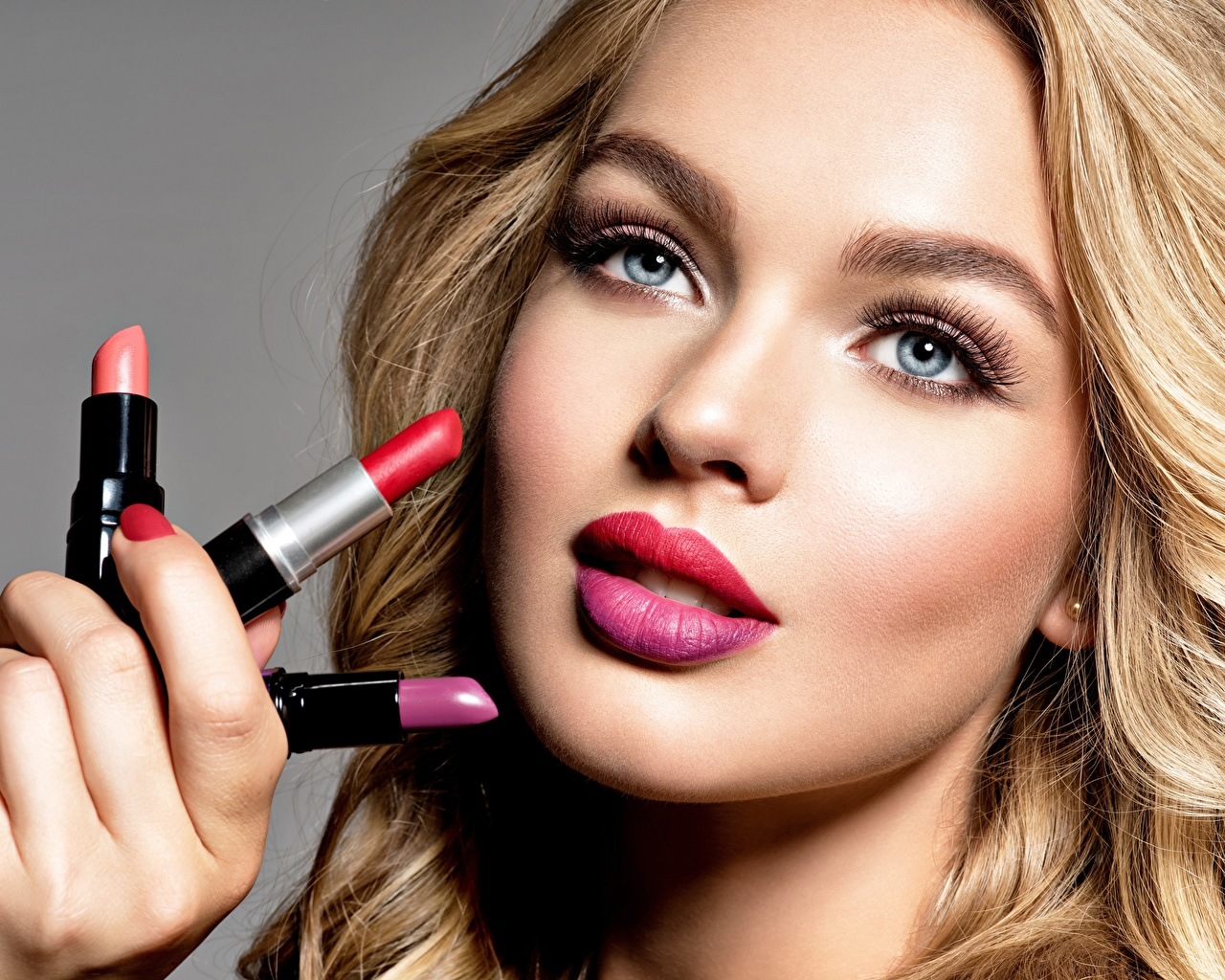 Pictures Girls Lipstick Glance Makeup Face Staring