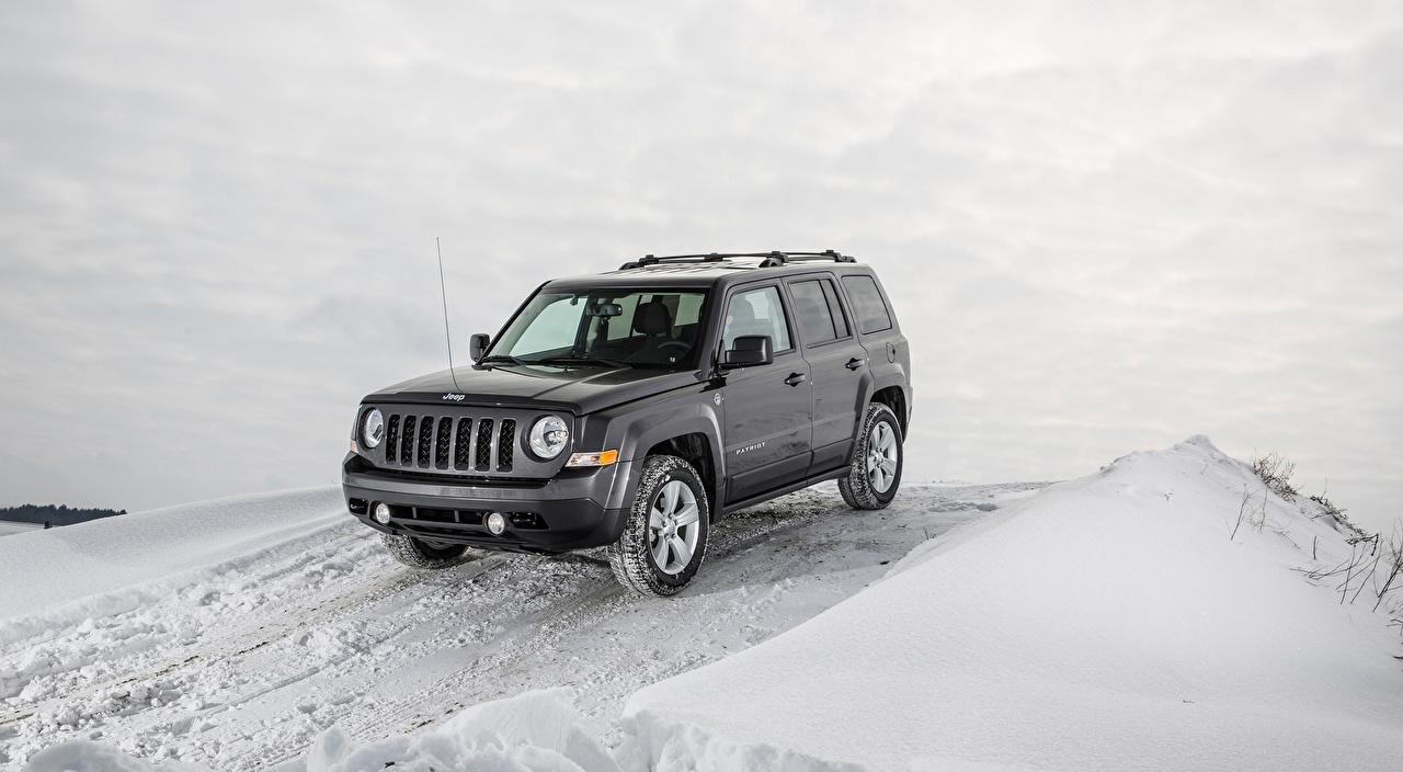 Photo Jeep SUV Patriot Latitude, 2015 Grey Winter Snow Cars Sport utility vehicle gray auto automobile