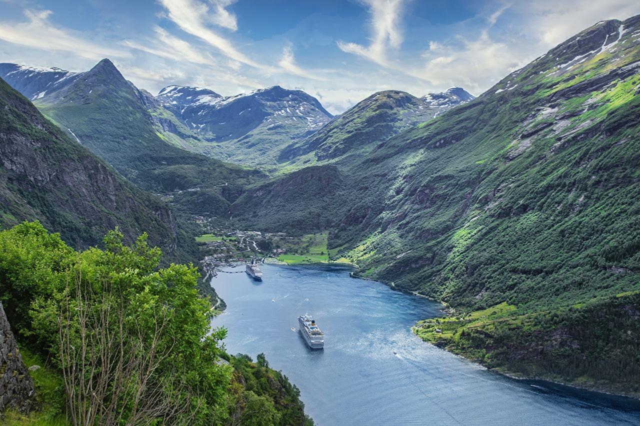 Foto Norwegen Kreuzfahrtschiff Fjord Berg Natur Von oben Gebirge