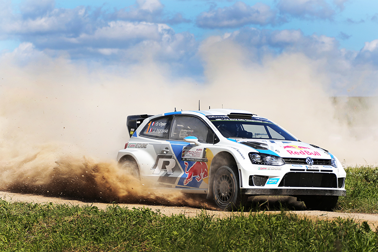 Photos Tuning Volkswagen Rallying Polo WRC Sebastien Ogier Julien Ingrassia driving Grass automobile moving riding Motion at speed Cars auto