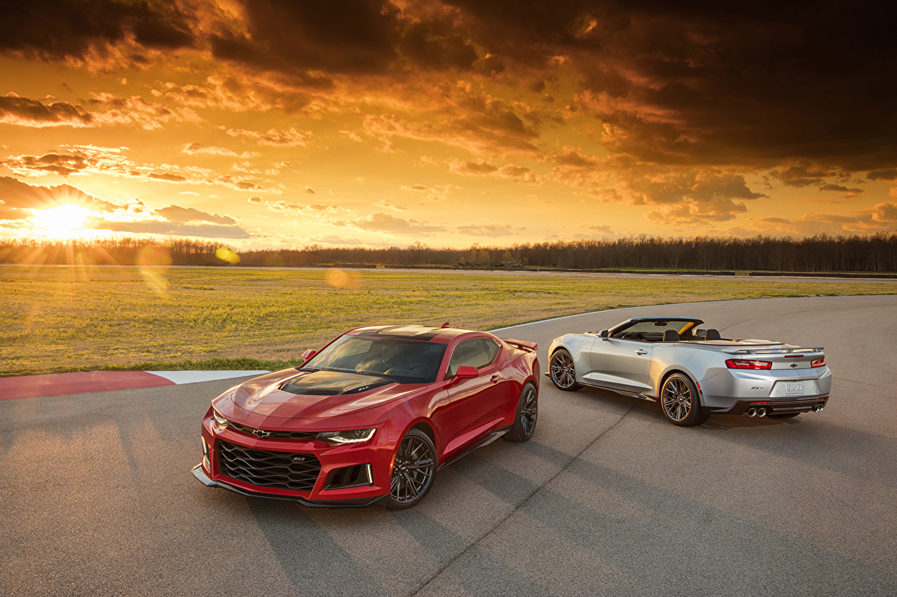 Pictures Chevrolet 2017 Camaro ZL1 2 Sky Sunrises and sunsets Cars Metallic Two sunrise and sunset auto automobile