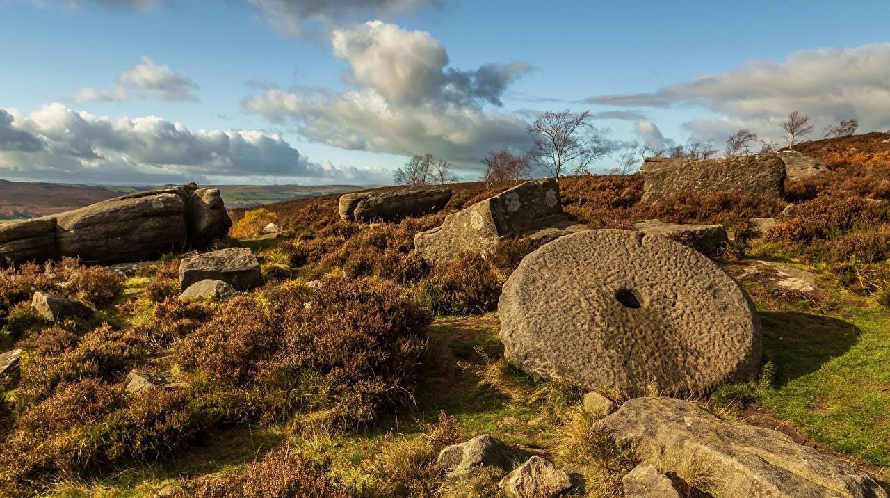 Bilder England Peak District, Derbyshire Natur Ruinen Himmel Steine Wolke Stein