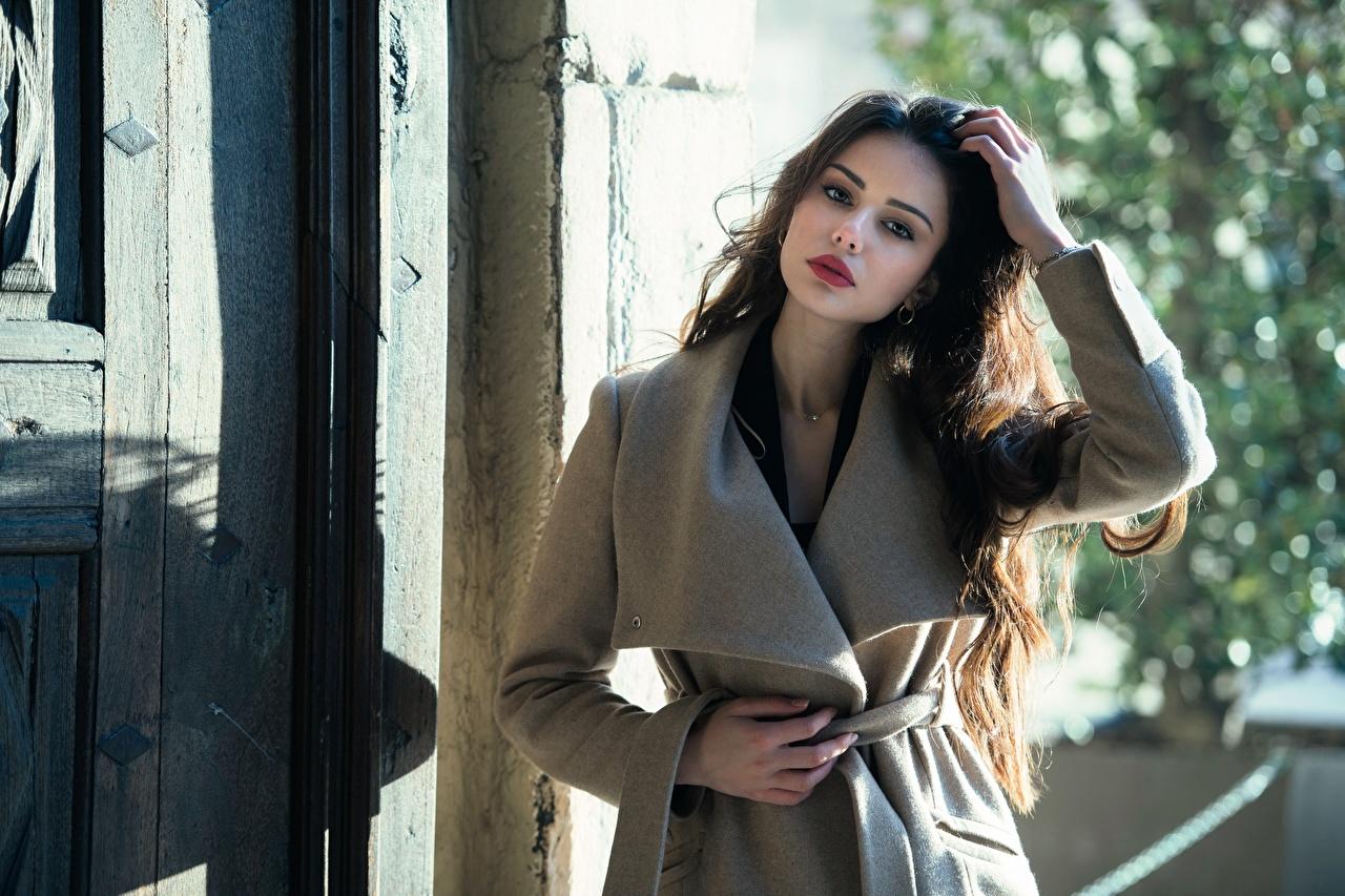 Desktop Wallpapers Ester Merja Brown haired Luigi Malanetto Coat Girls Hands Glance overcoat female young woman Staring