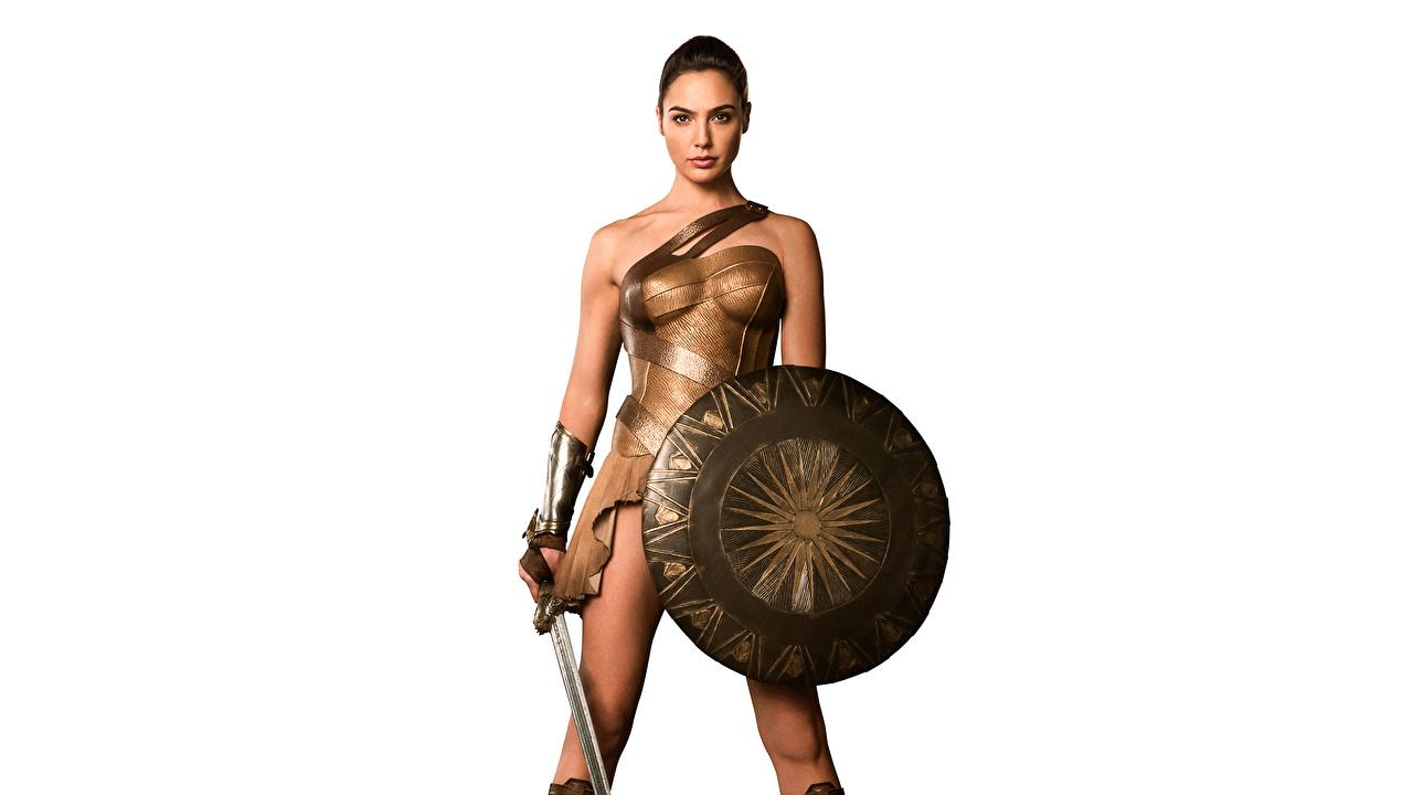 Picture Wonder Woman (2017 film) Gal Gadot Shield Swords Wonder Woman hero warrior young woman film Celebrities White background Warriors Girls female Movies