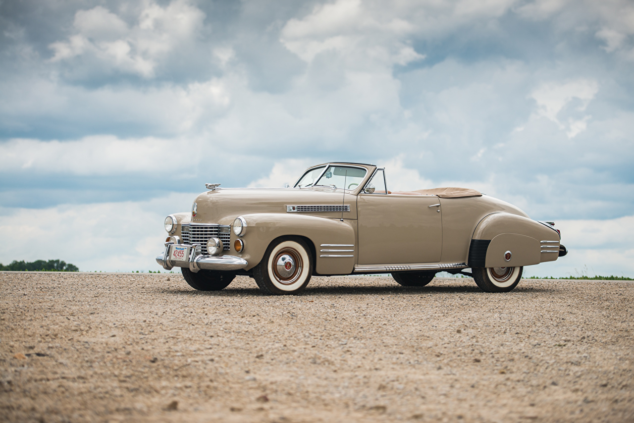 Wallpaper Cadillac Sixty-Two Convertible Coupe Deluxe, 1941 Retro auto Side Metallic vintage antique Cars automobile