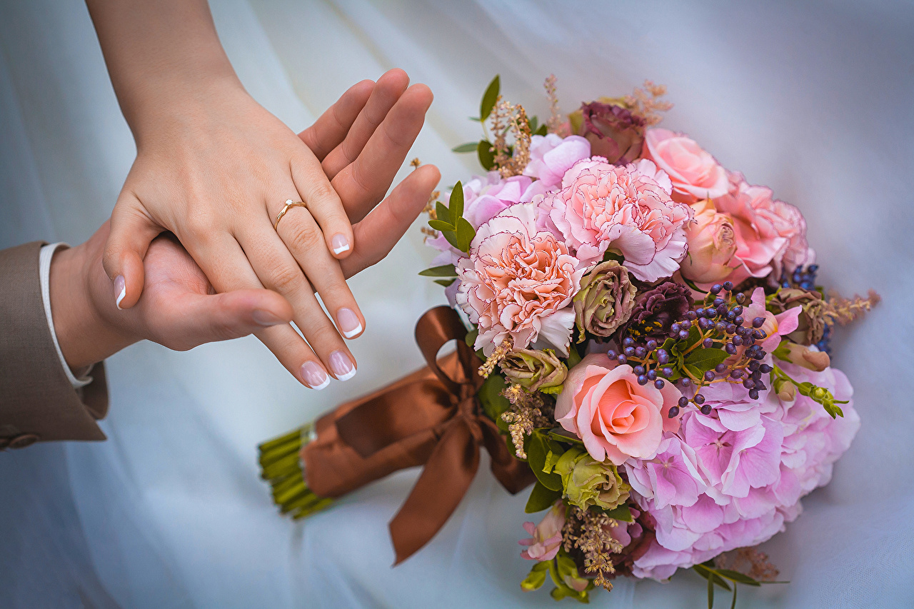 Picture Wedding Manicure Bouquets flower jewelry ring Hands noces marriage bouquet Ring Flowers