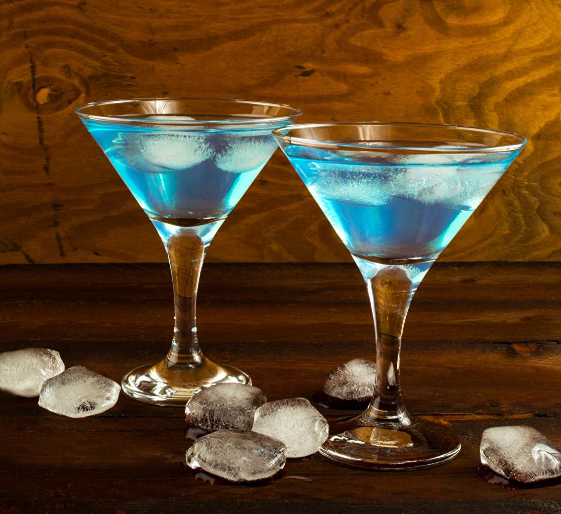 Bilder Alkoholische Getränke Eis Cocktail Weinglas das Essen Bretter Lebensmittel