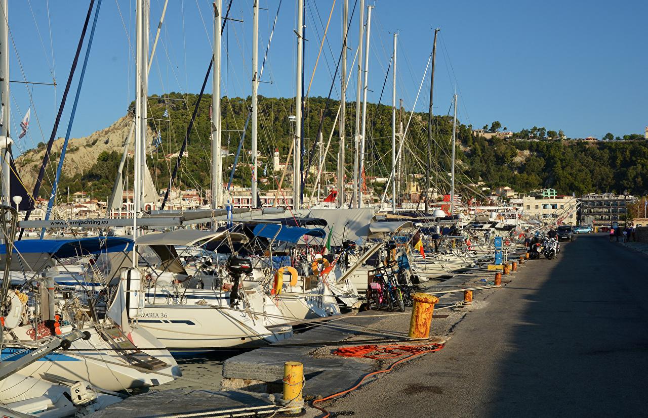 Bilder von Griechenland Zakynthos Yacht Segeln Bootssteg Städte Jacht Seebrücke Schiffsanleger