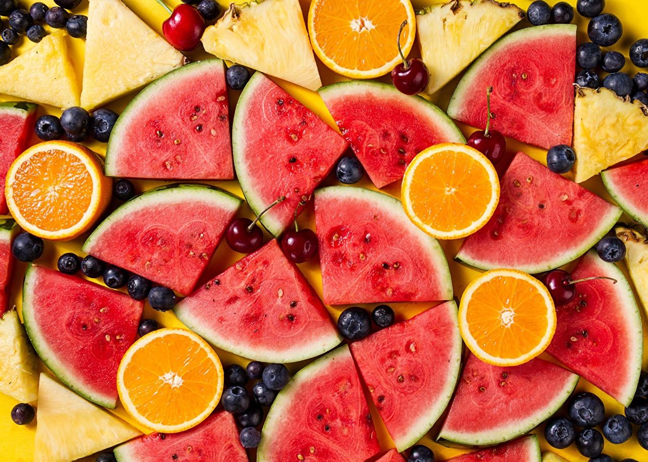 Fotos von Apfelsine Heidelbeeren Wassermelonen das Essen Orange Frucht Lebensmittel