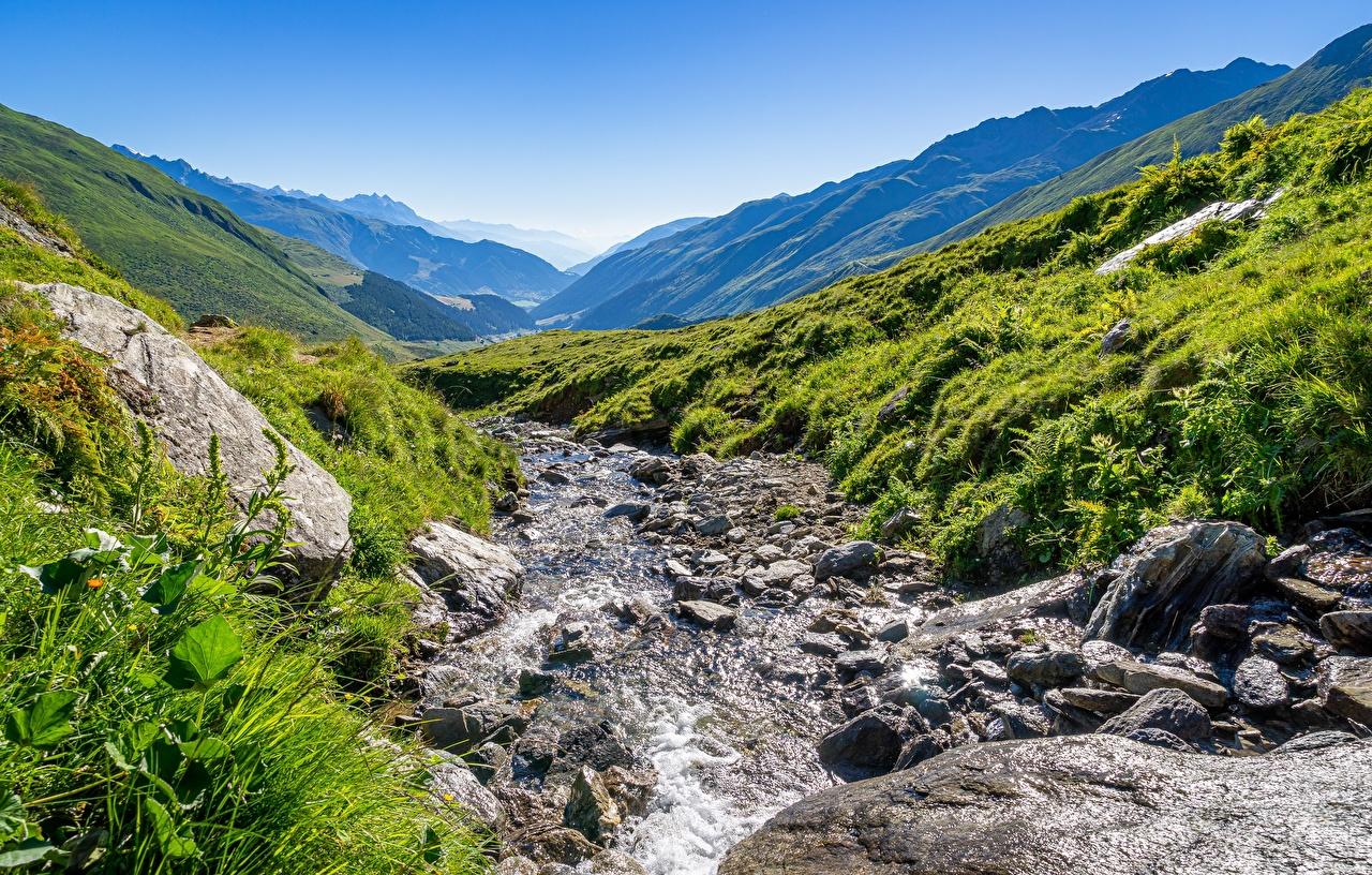 Montagnes Pierres Photographie de paysage Ruisseau Herbe montagne, ruisseaux Nature