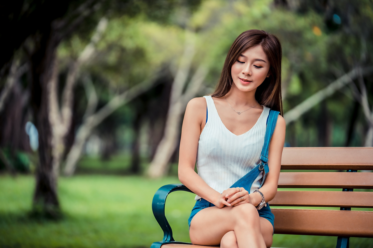 Photo blurred background Girls Asian Bench Sitting Bokeh female young woman Asiatic sit