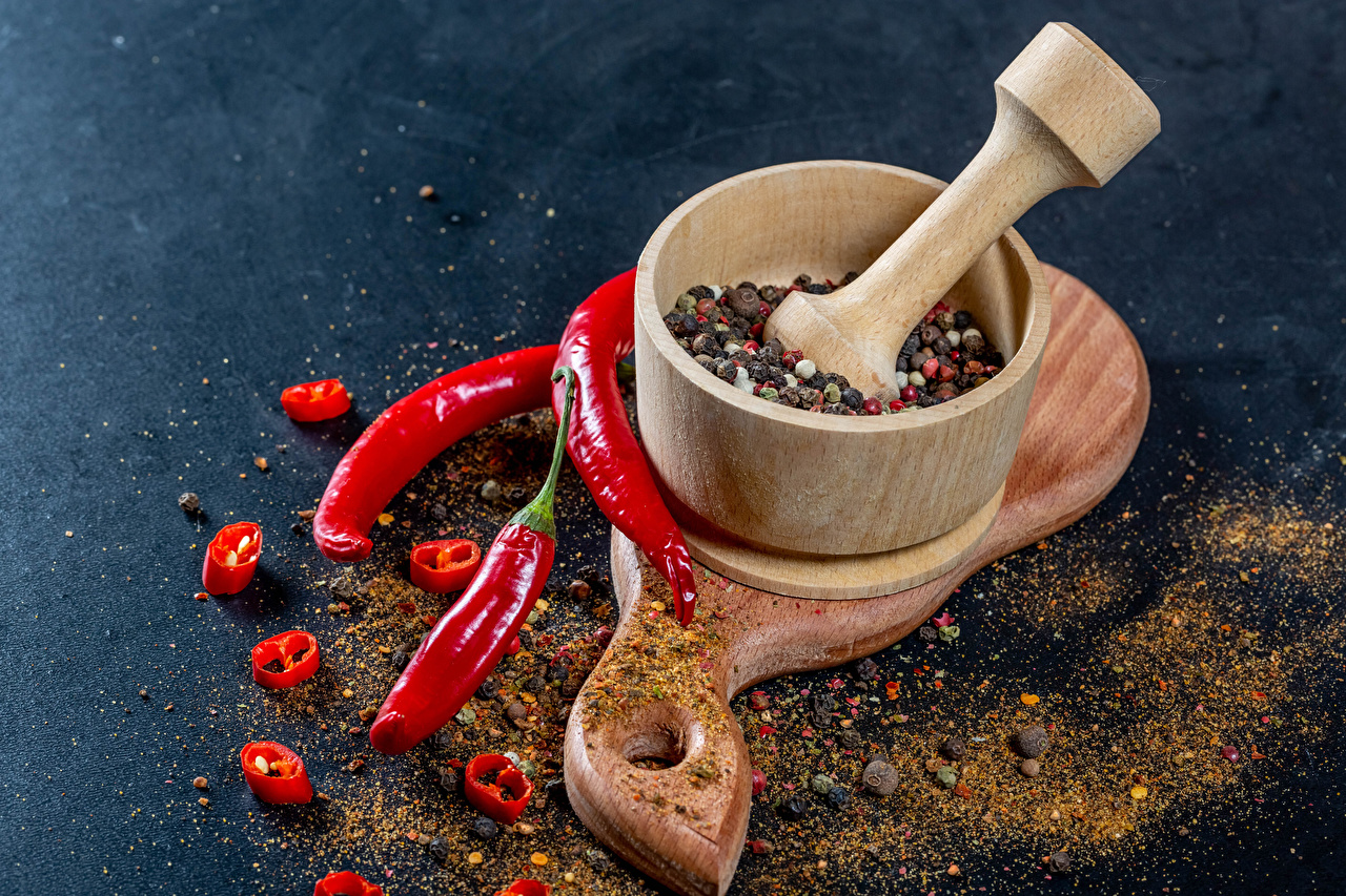 Wallpaper Mortar and pestle Chili pepper Black pepper Food Spices Cutting board Seasoning