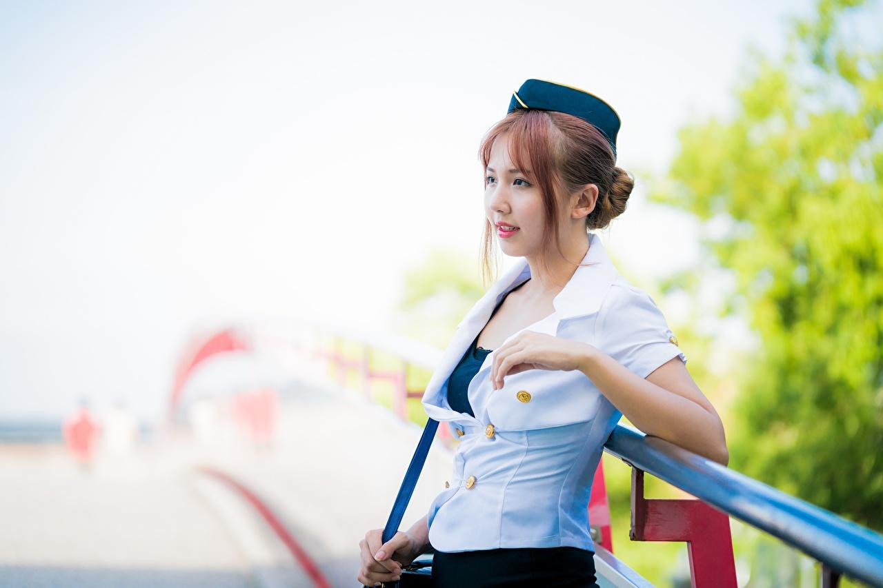Asiático Bokeh Cabello castaño Mano Auxiliar de vuelo mujer joven, mujeres jóvenes, asiática, pelo castaño, fondo borroso Chicas