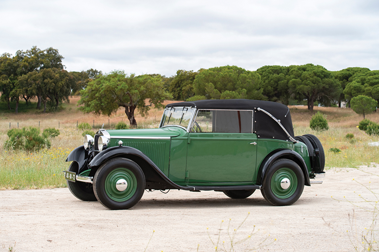 Mercedes-Benz_Retro_1934-35_170_Cabriolet_C_Green_564955_1280x851.jpg
