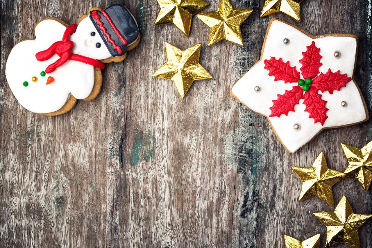 Desktop Hintergrundbilder Neujahr kleine Sterne Schneemänner Kekse das Essen Vorlage Grußkarte Design Bretter Stern-Dekoration Lebensmittel