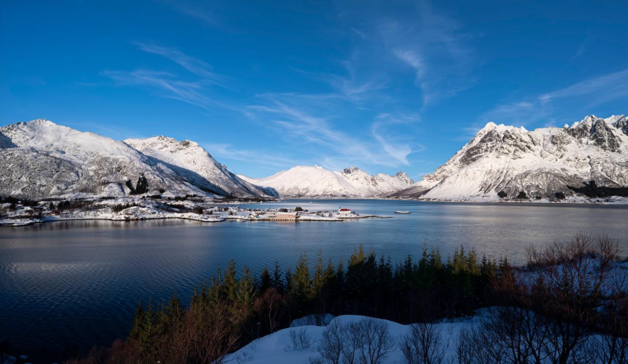 Tapety Lofoty Norwegia Vestpollen Fiord Góry przyroda góra Natura