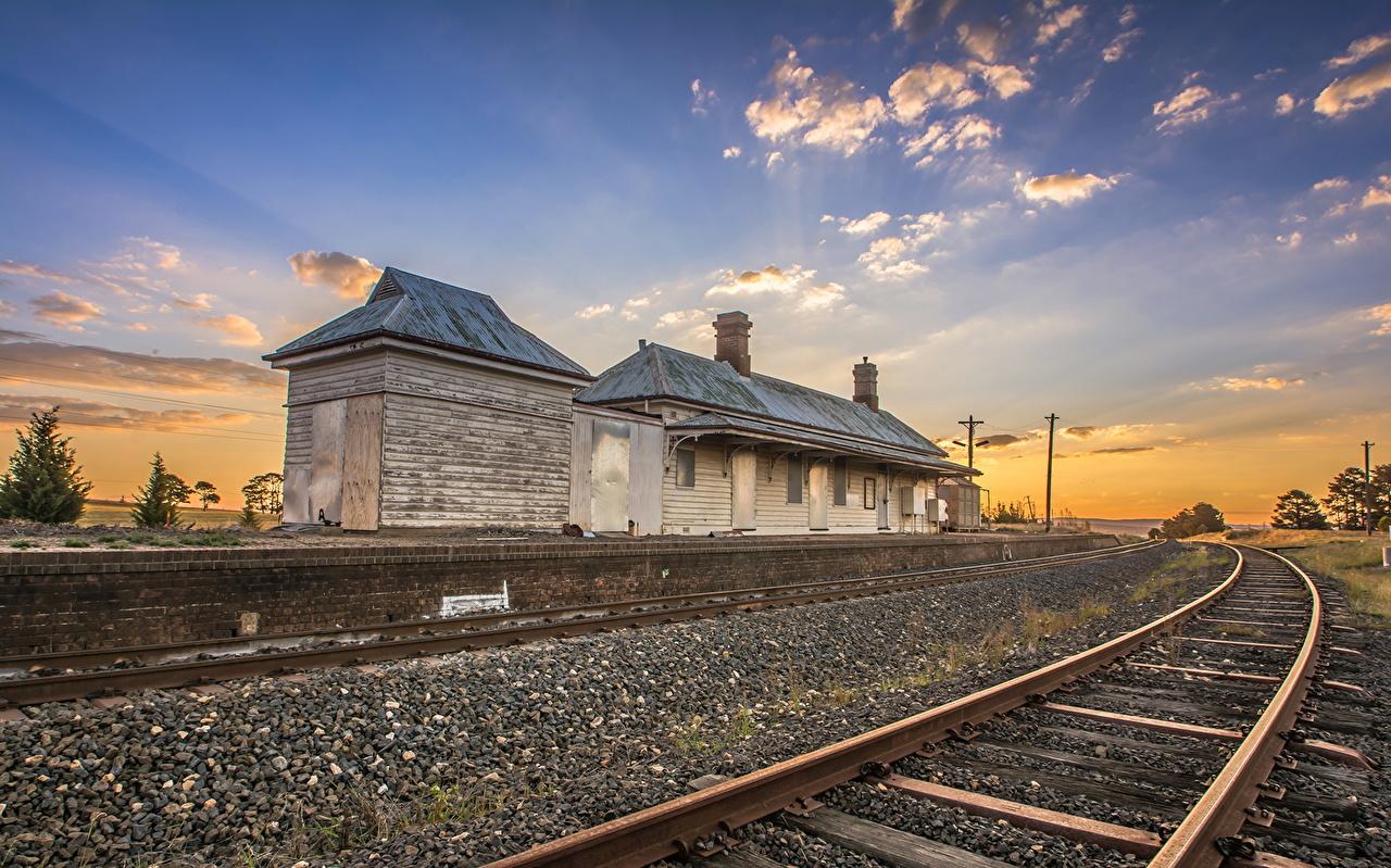 Immagini Vacant Raglan Railway Station Raglan Country Australia N.S.W Natura Cielo Ferrovie La casa edificio