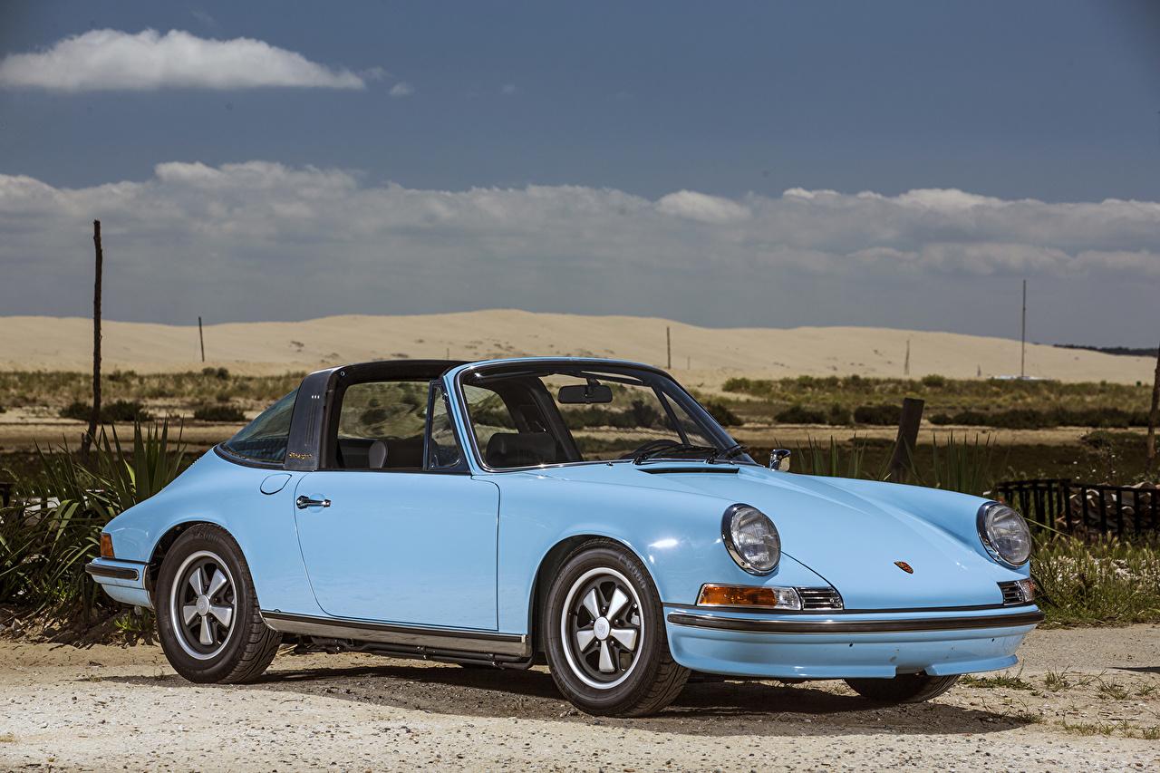 Photo Porsche 1971-73 911 S 2.4 Targa (911) antique Light Blue Cars Metallic Retro vintage auto automobile