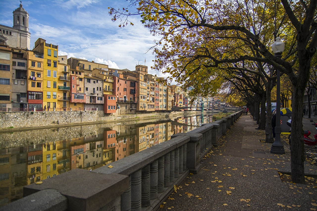 Image Spain Girona Canal Autumn Fence Trees Cities Building Houses