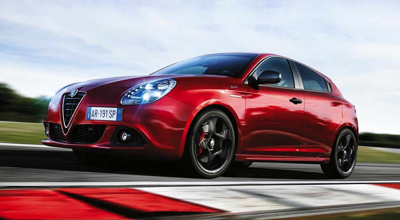 Fotos von Alfa Romeo Bokeh Rot fährt Autos unscharfer Hintergrund fahren Bewegung fahrendes Geschwindigkeit auto automobil