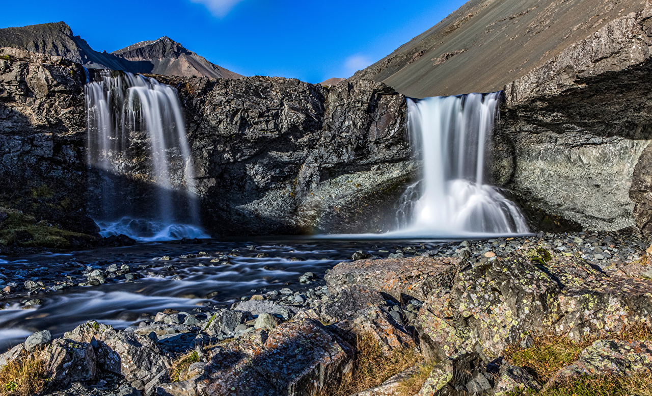 Pictures Iceland Skutafoss Crag Nature Waterfalls Rock Cliff