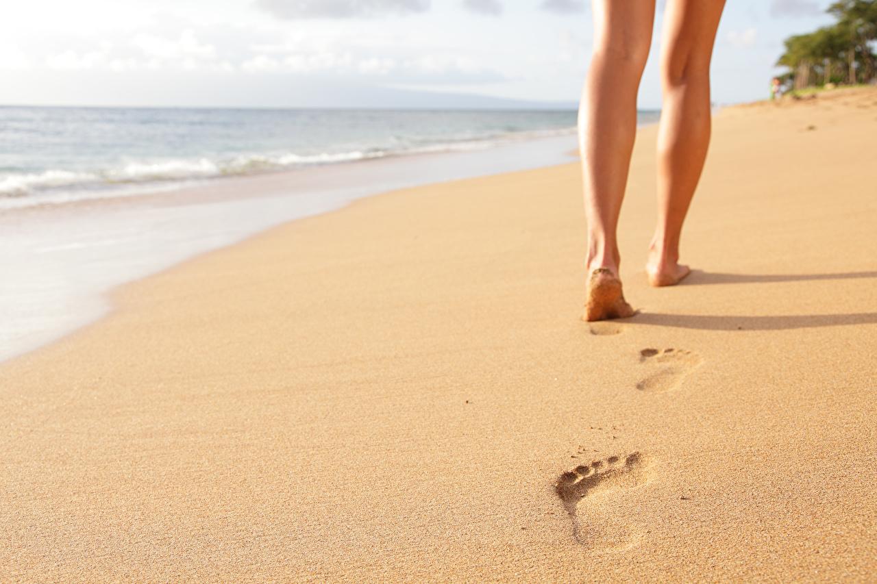 Fondos de Pantalla Mar Playa Arena Pierna Huellas Naturaleza descargar  imagenes