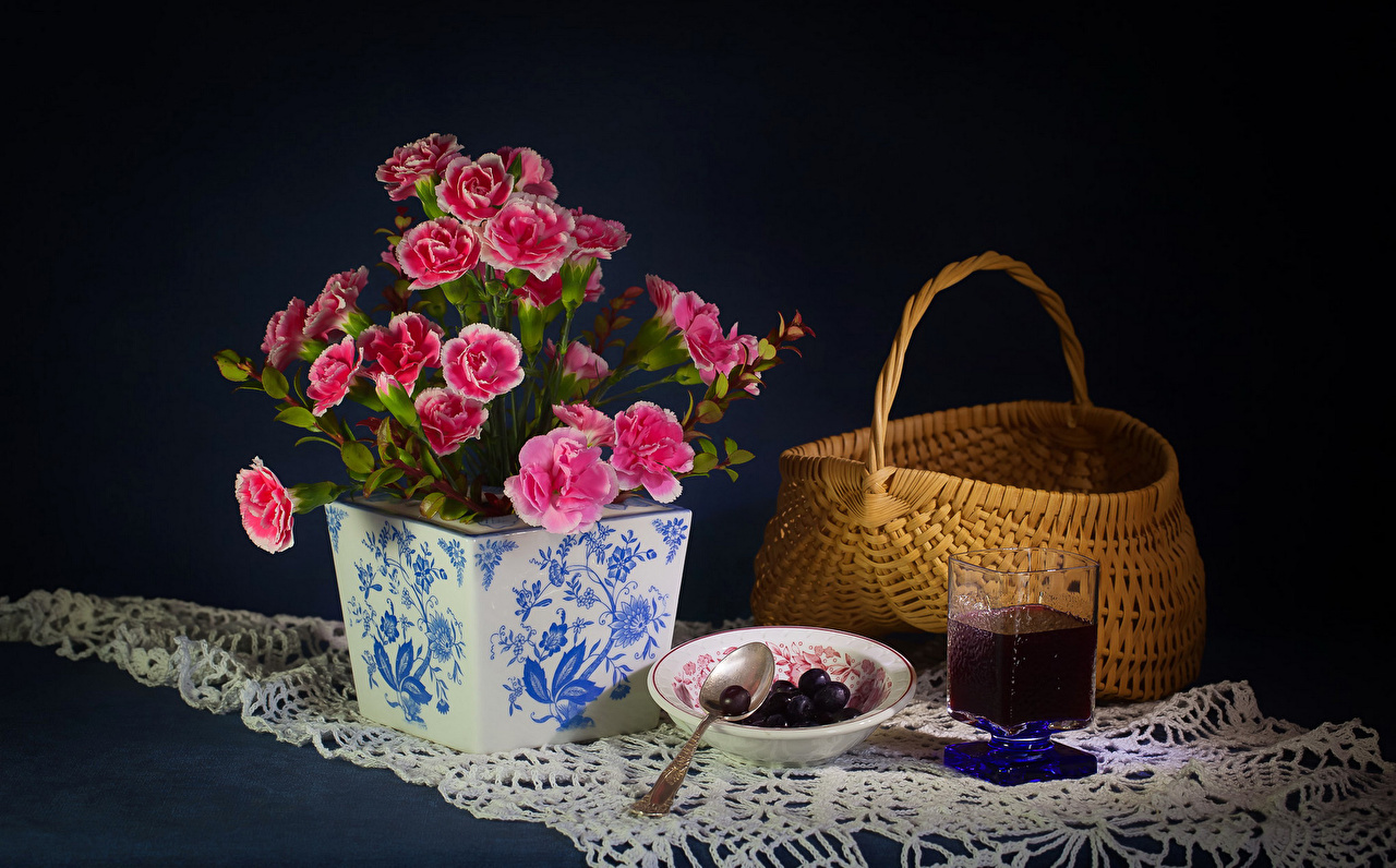 Pictures Juice Pink color Flowers Carnations Wicker basket Highball glass Food Vase Still-life
