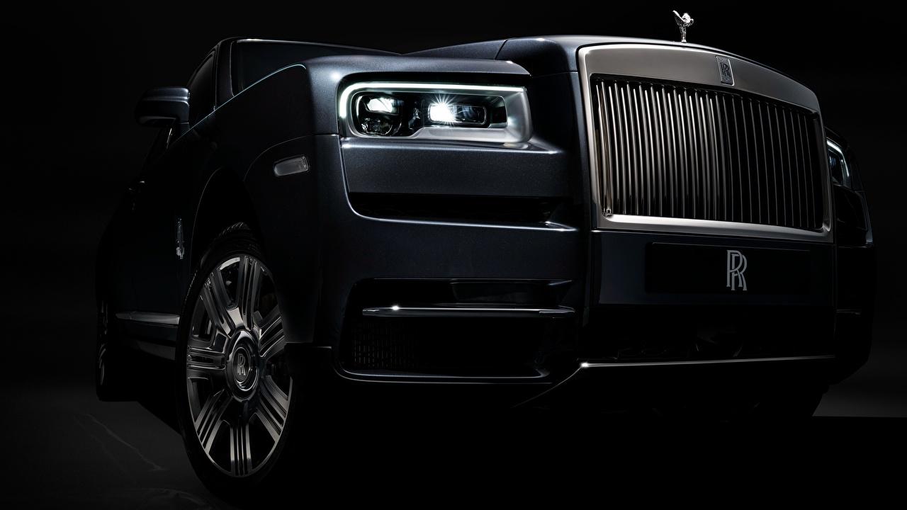Desktop Wallpapers Rolls-Royce 2018 Cullinan Headlights automobile Closeup Cars auto