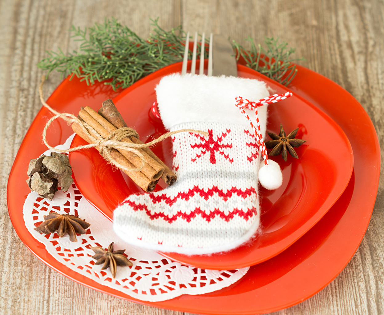 Picture New year Wearing boots Socks Star anise Illicium Cinnamon Plate Holidays Christmas