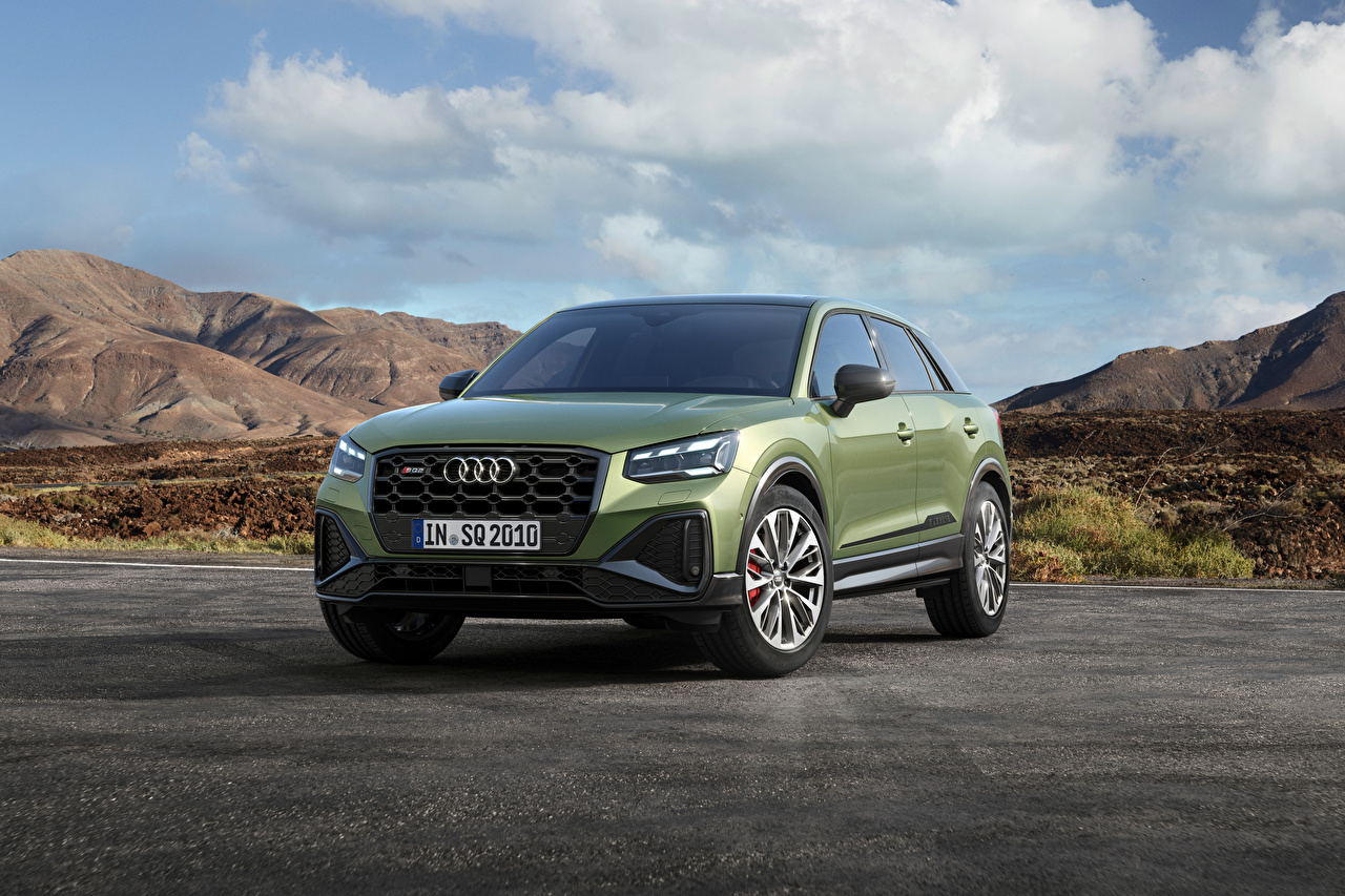 Images Audi Crossover SQ2, 2020 Green Metallic automobile CUV Cars auto