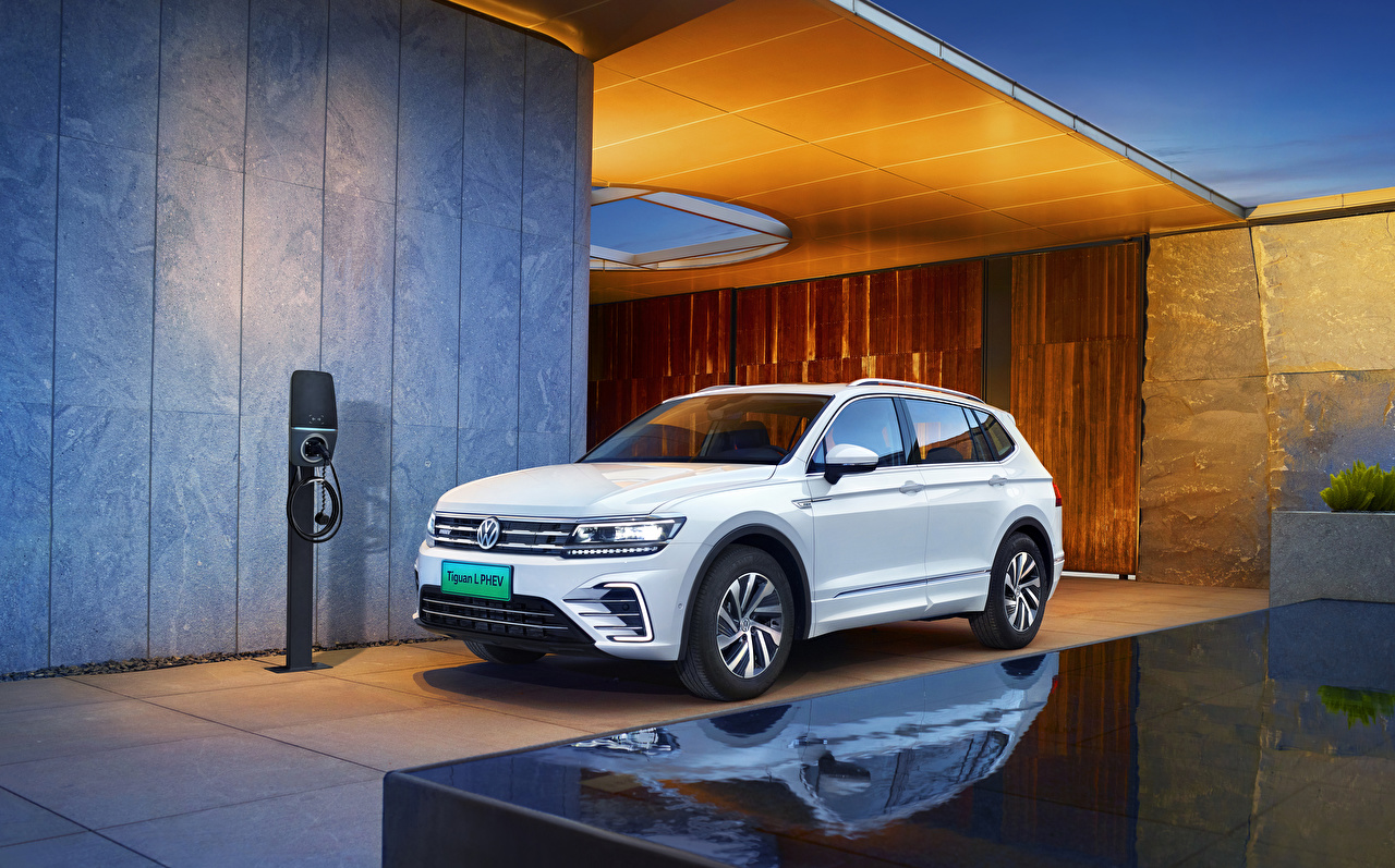 Desktop Wallpapers Volkswagen CUV 2018-20 Tiguan L PHEV White Cars Metallic Crossover auto automobile