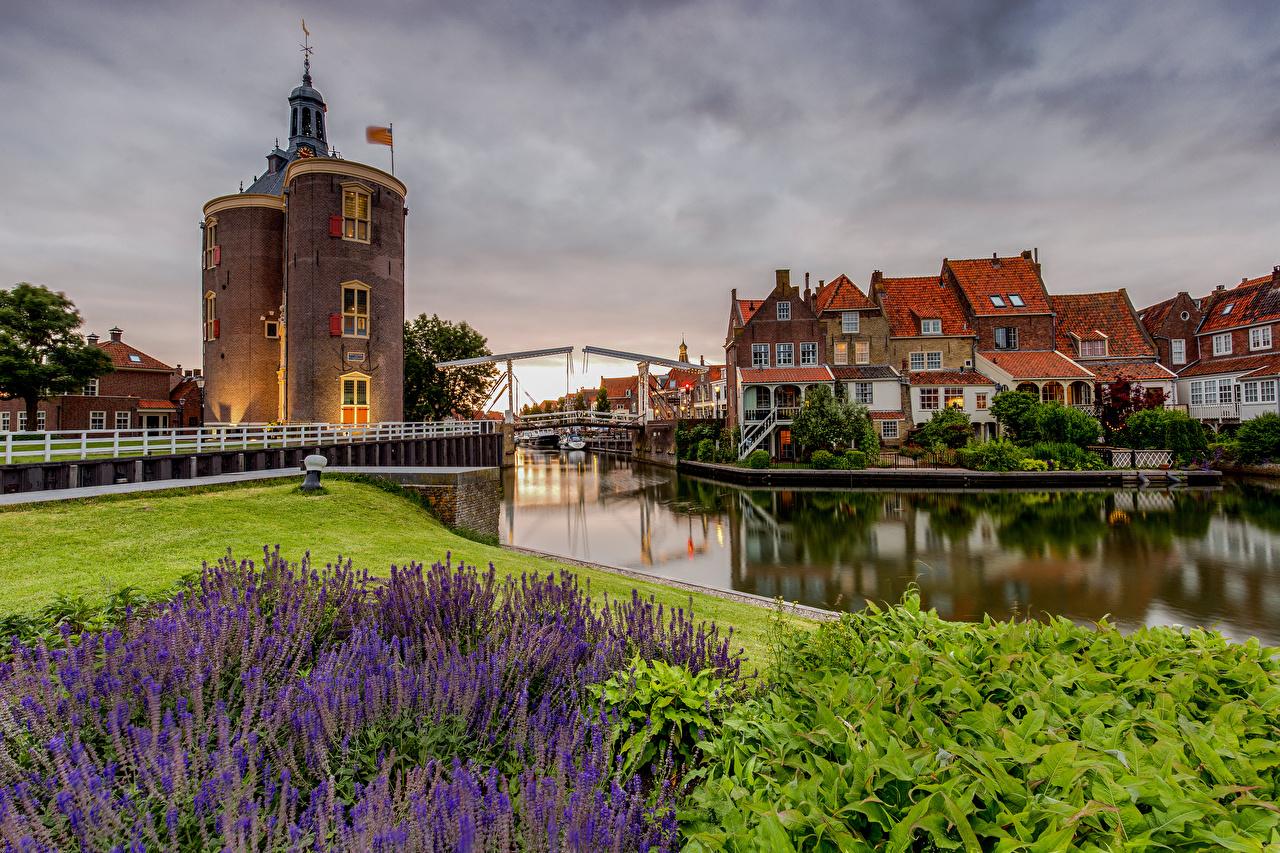 Bilder von Niederlande Turm Enkhuizen Kanal Haus Städte Türme Gebäude