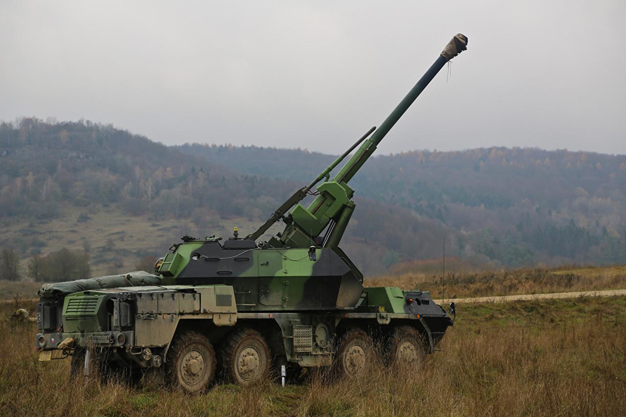 、カノン砲、自走砲、1979-89 DANA ShKH vz.77、、陸軍、