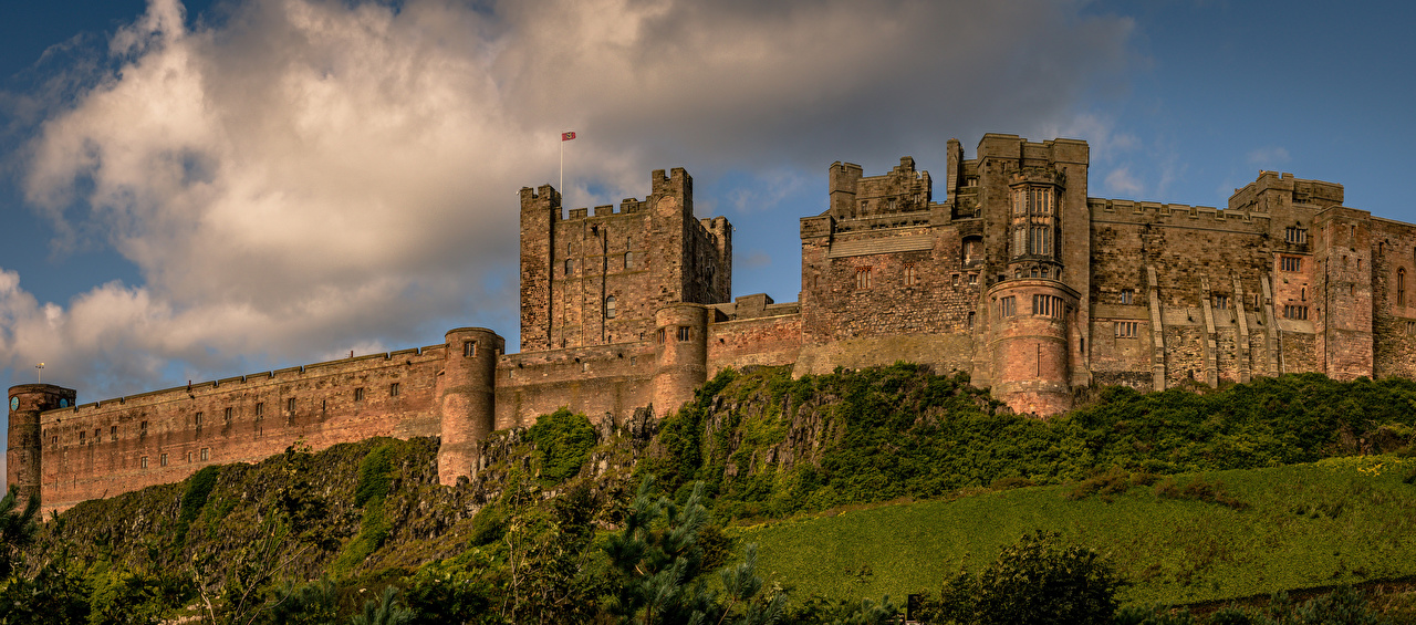 Desktop Wallpapers England Northumberland Bamburgh Castle castle Cities Castles