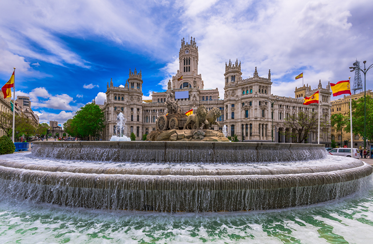 Photos Madrid Spain Fountains Cybeles Square Flag Water Houses