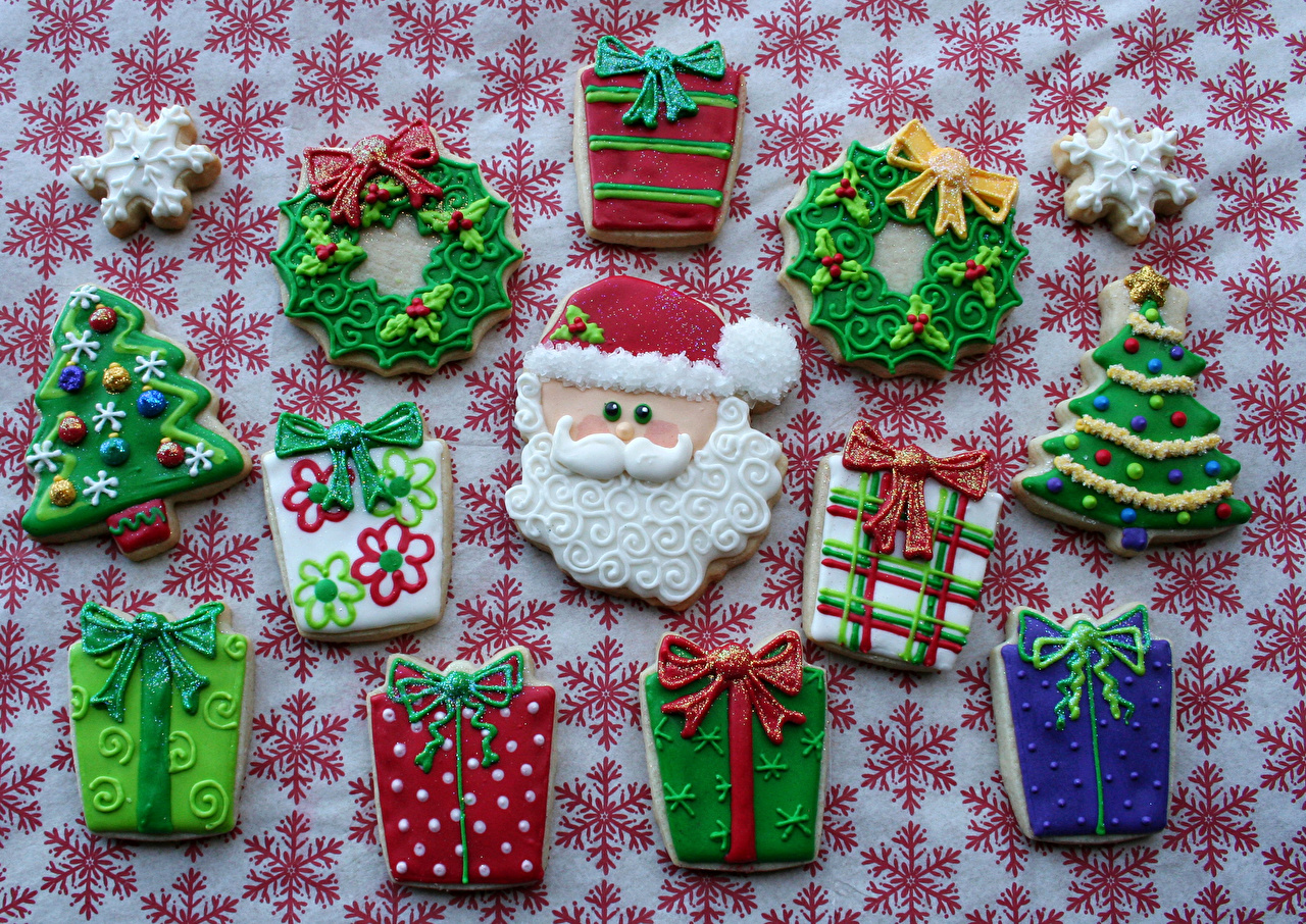 Photos New Year Food Cookies Pastry Holidays Design