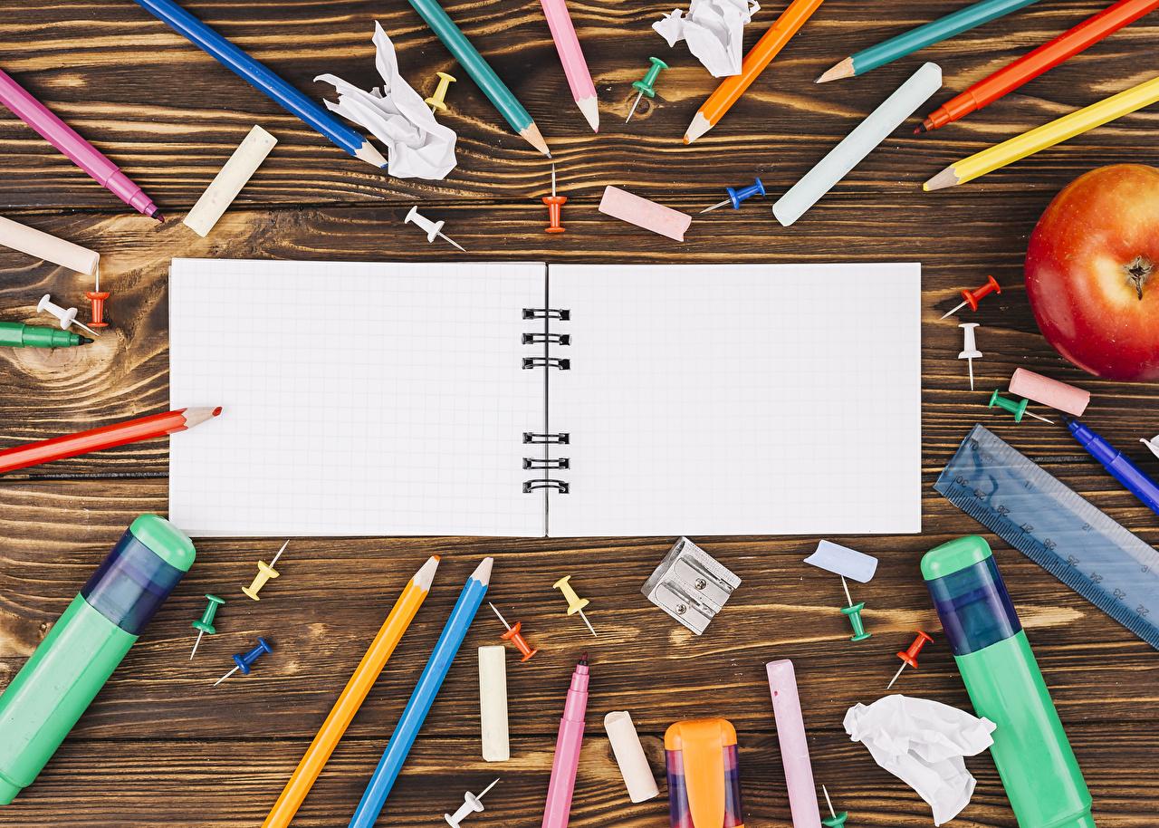 Bilder Schreibwaren Schule bleistifte Notizbuch Bretter Bleistift