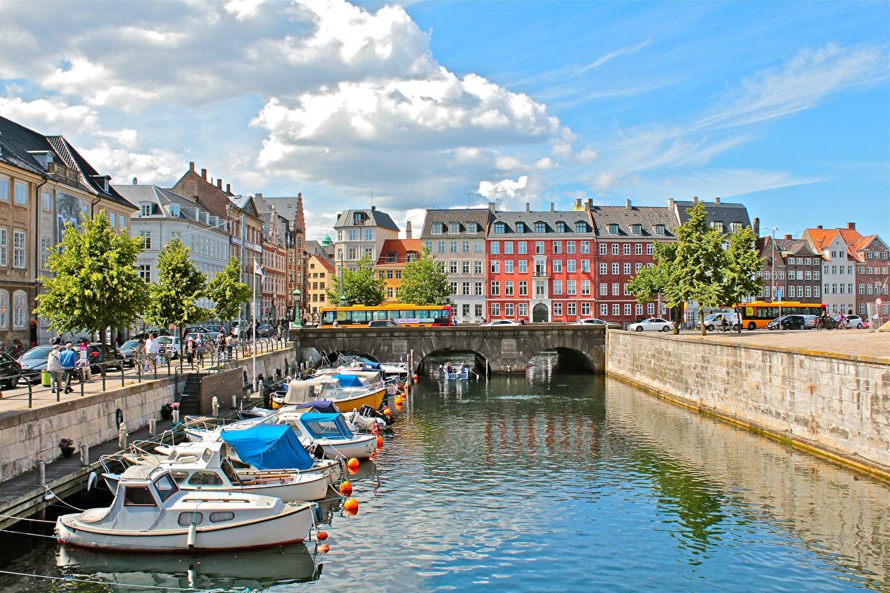 Photos Copenhagen Denmark Canal speedboat Houses Cities Motorboat powerboat Building