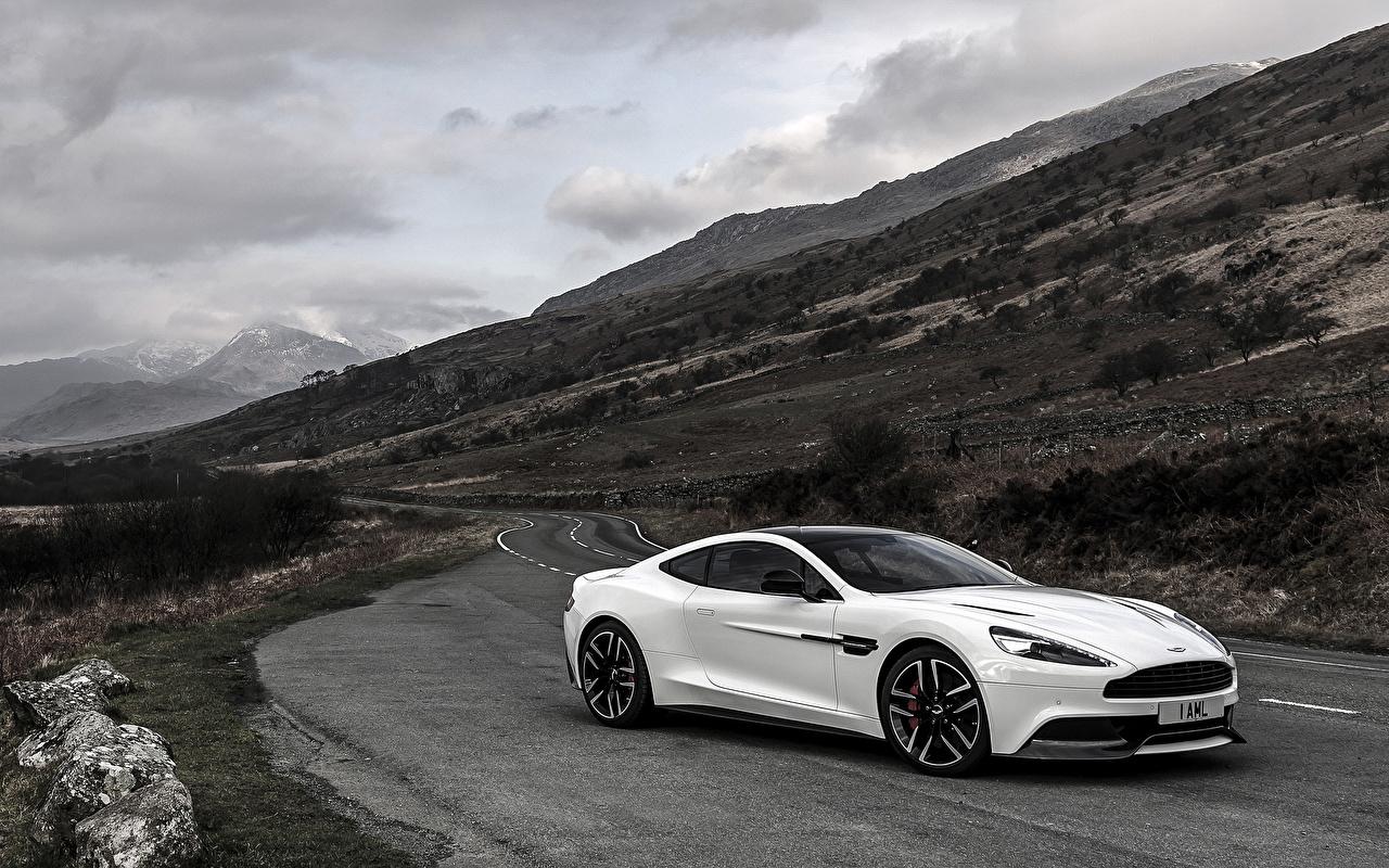 Bilder Aston Martin Vanquish Carbon White Uk Spec Weiß Autos